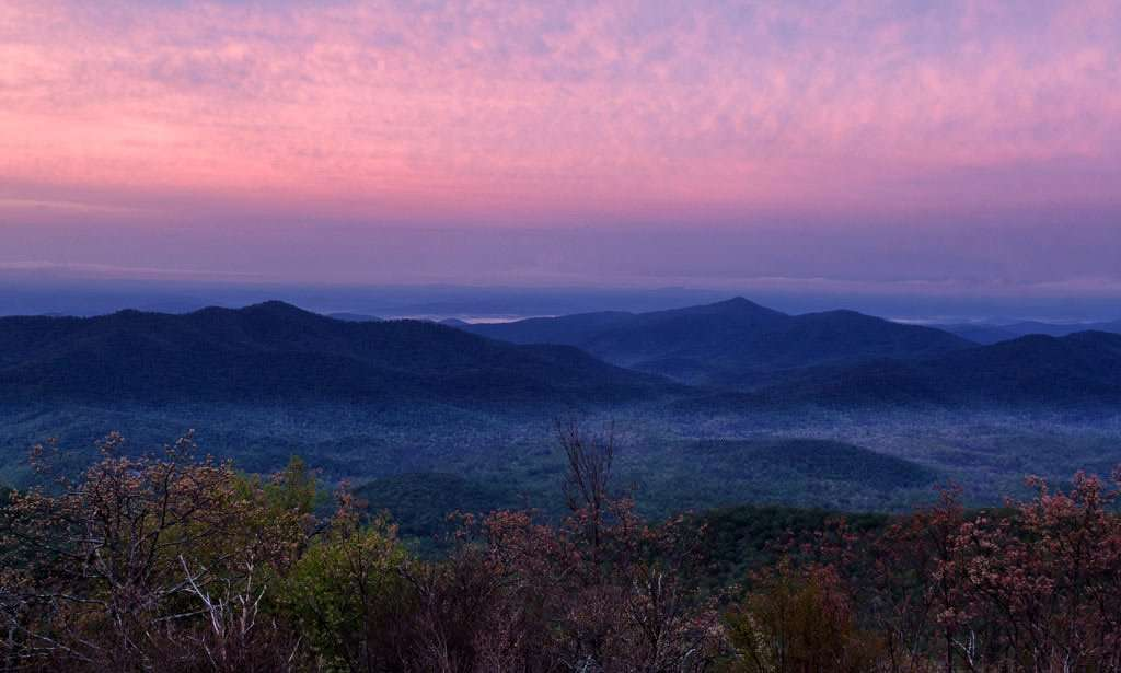 purple dresses the sky over the appalachian mountains