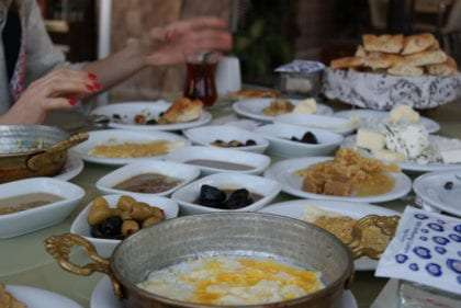 Van, breakfast, food, travel, Kurdistan, Van Kahvantı