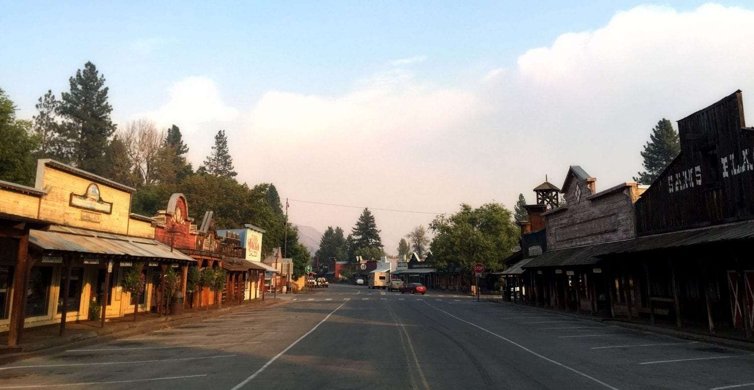 the empty streets of of Winthrop WA after an evacuation due to fire