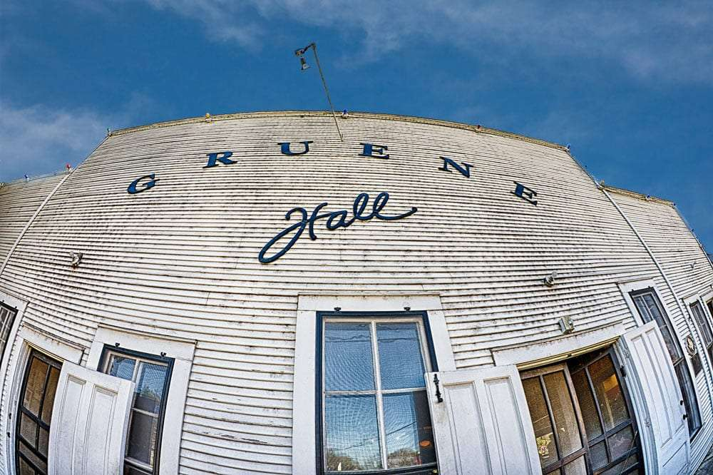 ye old gruene hall, white and tarnished and beautiful as ever at over 100 years old