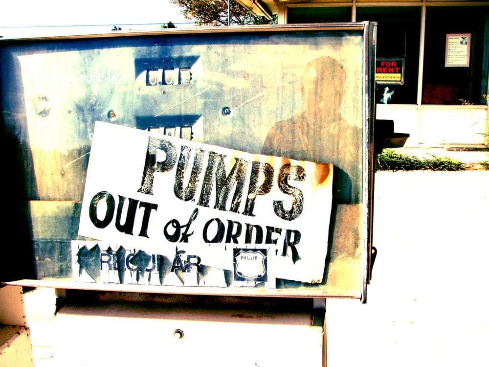 old gas pump reads pumps out of order