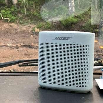 the speaker setup on the dash of a van