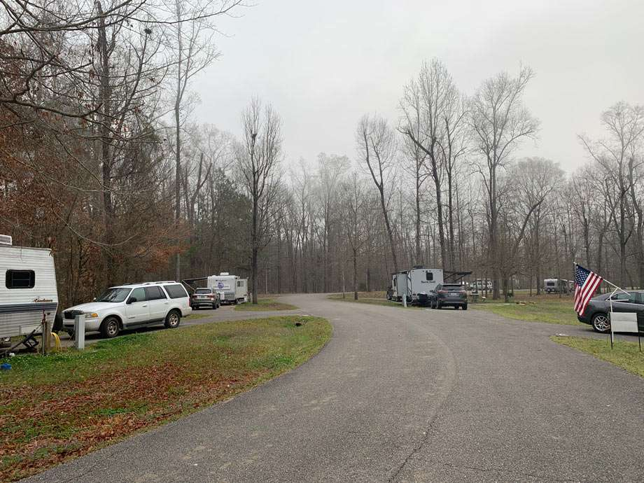 rv camping spots in an alabama Army corp of engineer campground