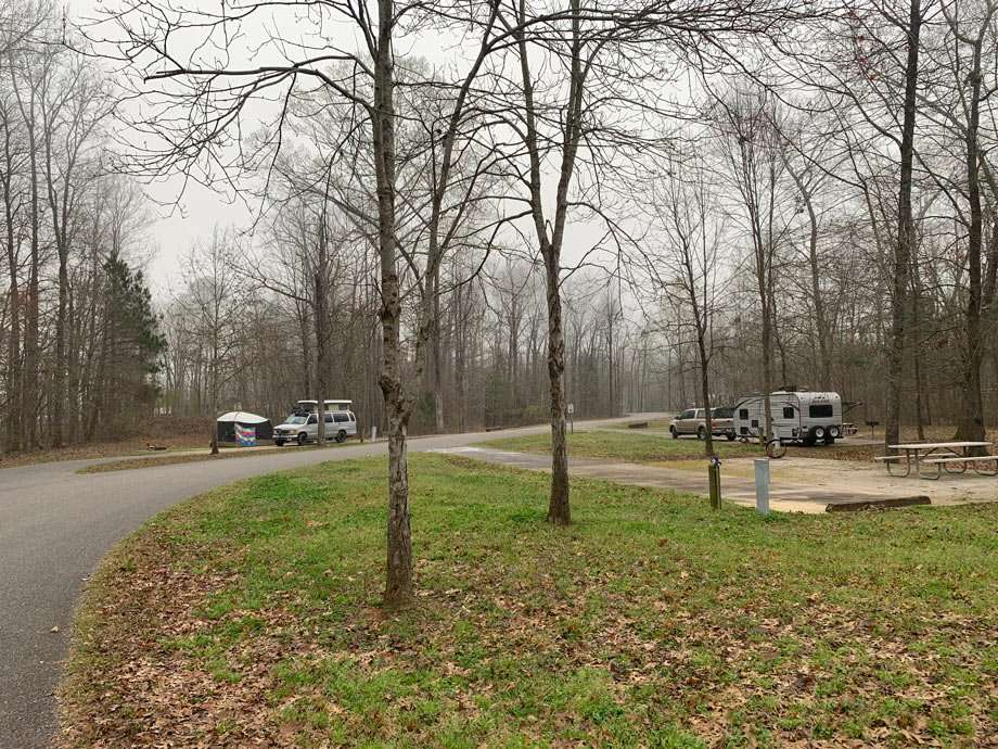 well spaced rv camping spots in an alabama Army corp of engineer campground